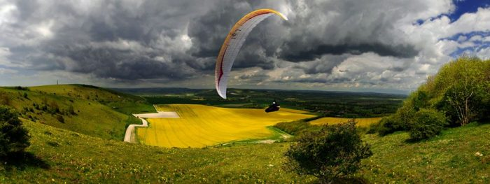 paragliding with fly sussex paragliding school